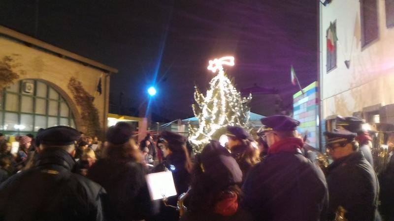 Accensione albero di Natale dell'Oratorio Don Bosco di Manzano